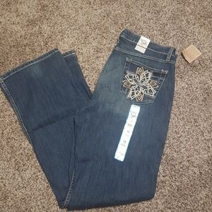 Nwt cruel girl stretch jeans